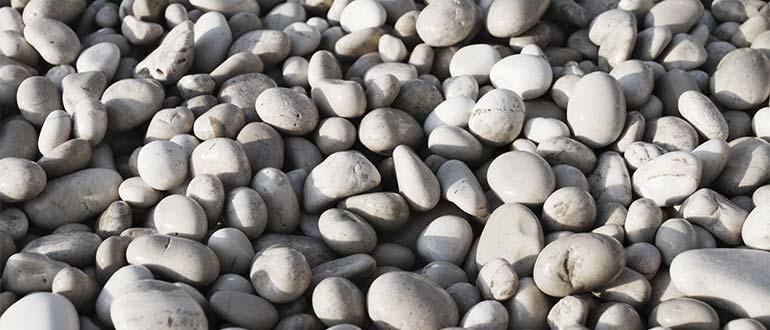 Sapņu tulks akmens