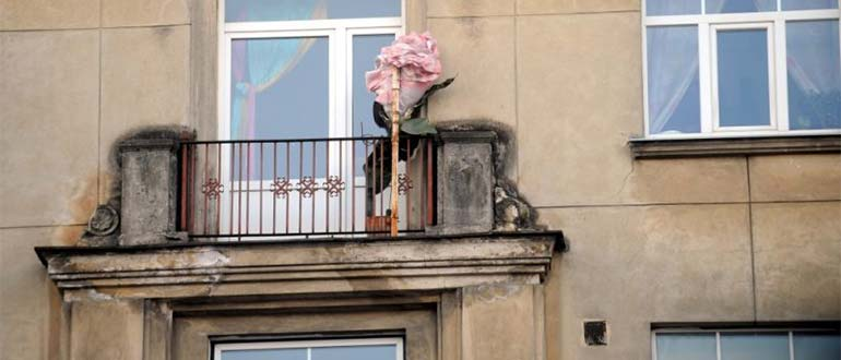 Sapņu tulks balkons
