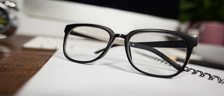 Sapņu tulks brilles