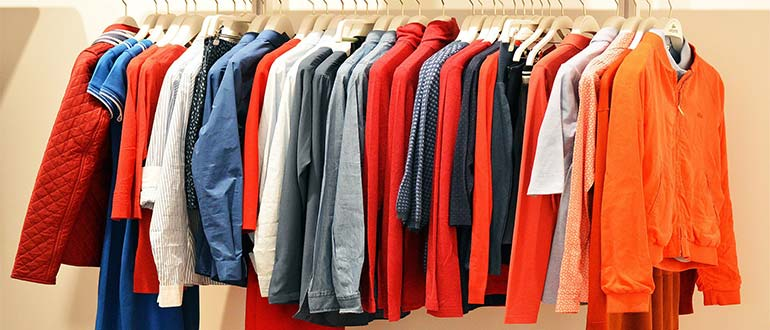 Sapņu tulks drēbes