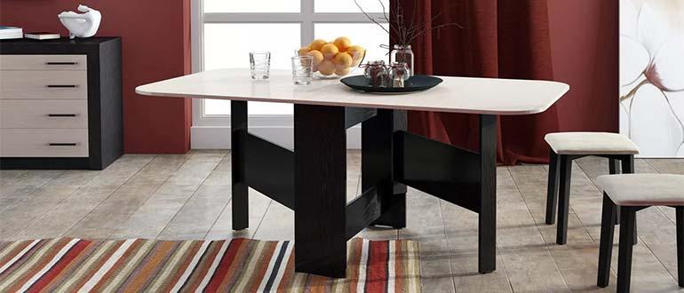 Sapņu tulks galds