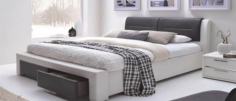 Sapņu tulks gulta