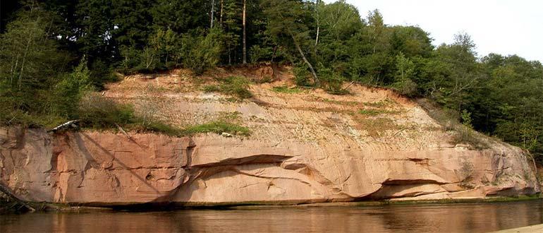 Sapņu tulks klints