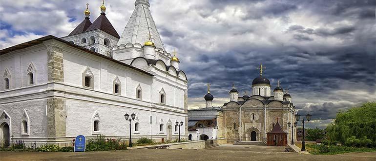 Sapņu tulks klosteris