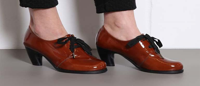 Sapņu tulks lakādas apavi