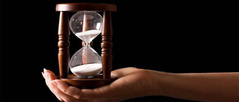 Sapņu tulks smilšu pulkstenis