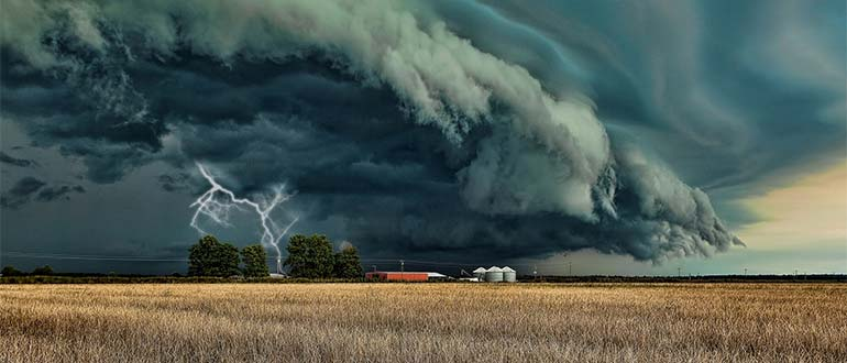 Sapņu tulks vētra